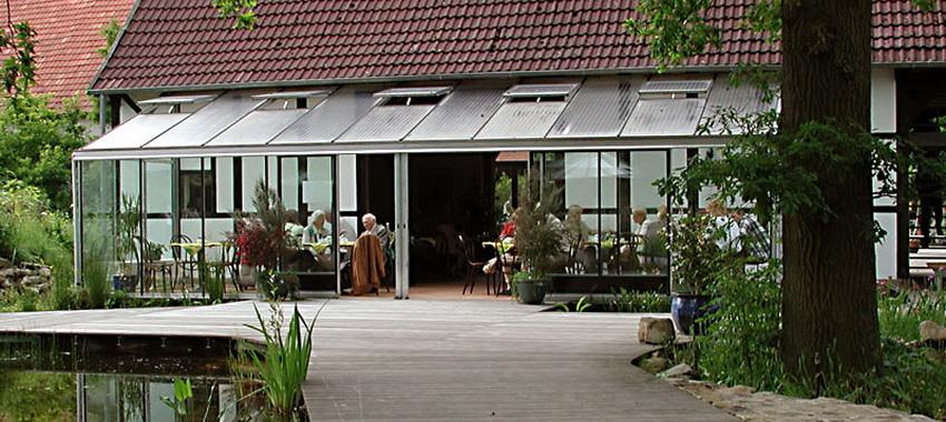 Der 10 M Lange Wintergarten Iberia Ist Im NaturaGart Park An Der  Sonnenseite Des Café