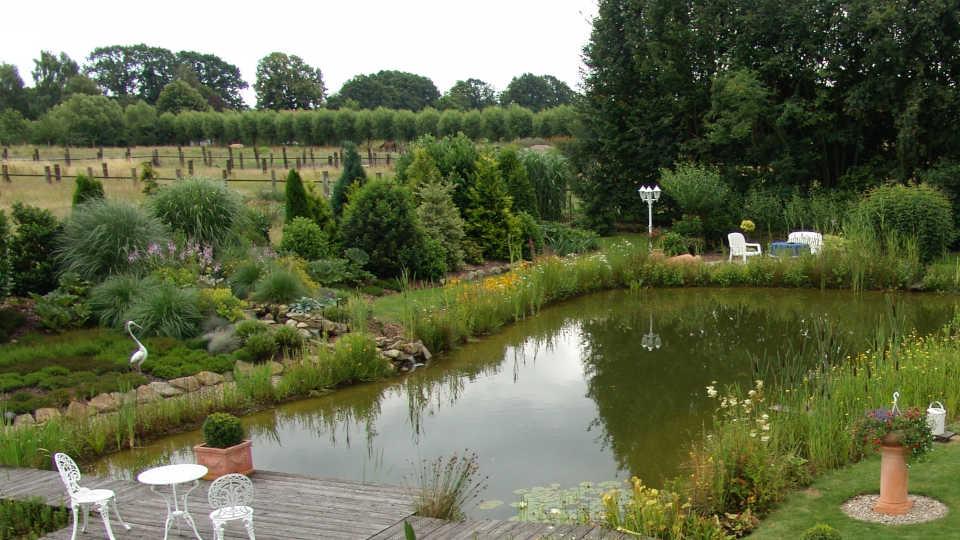 Teich im Außenbereich