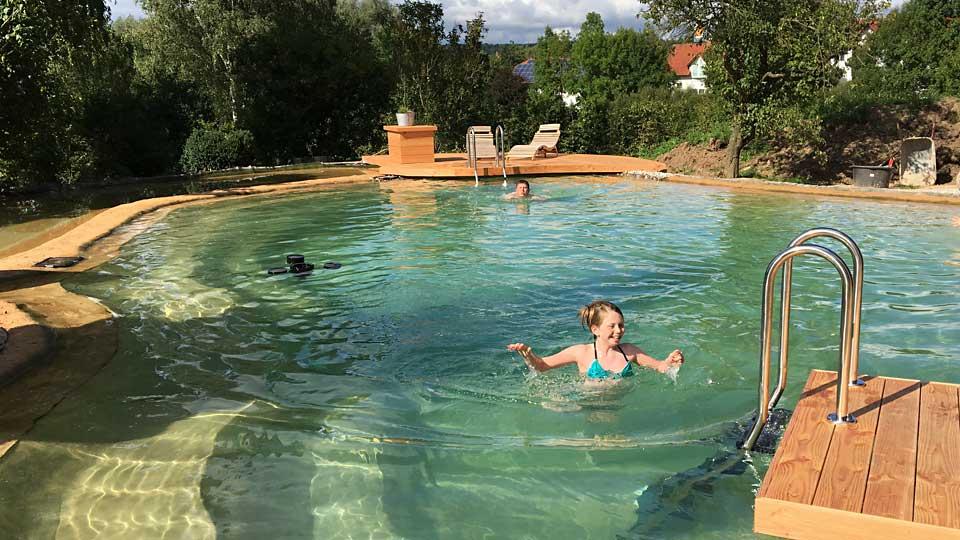Was kostet ein Schwimmteich? | NaturaGart Blog