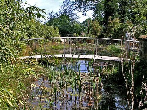 Filigrane, stabile Brücken