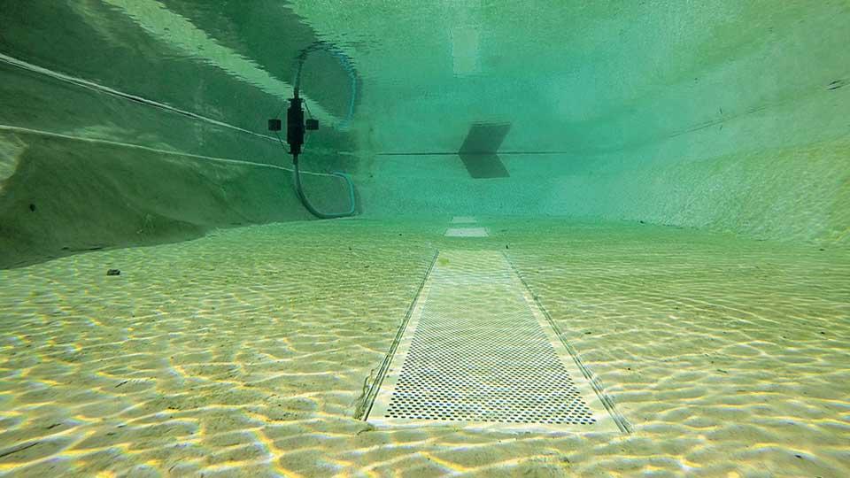 Wie tief sollte ein Schwimmteich sein?