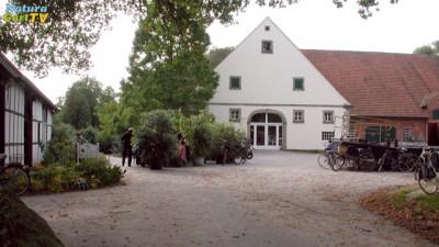 Die Fassade des NaturaGart Verwaltungshauses