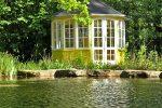 Pavillon am Gartenteich