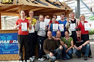 Teilnehmer am Tauchkurs im Mai 2012 haben alle bestanden.
