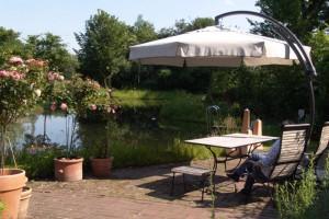 Gartenparadies mit Schwimmteich