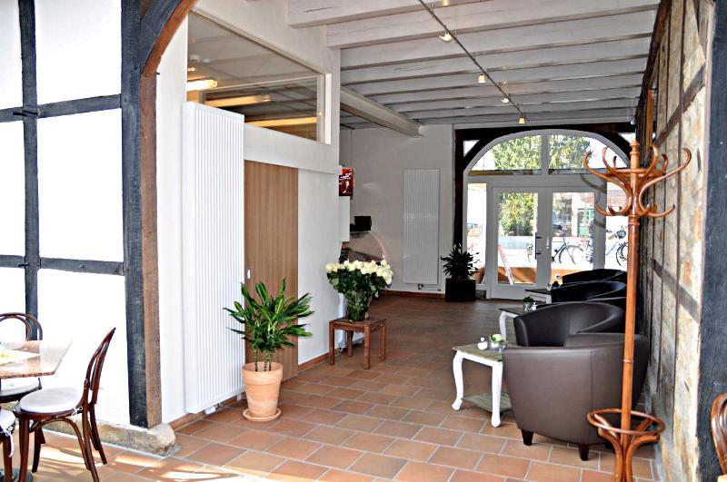 der fr hlingbeginn steht kurz bevor caf seerose ffnet heute die t ren naturagart park aktuell. Black Bedroom Furniture Sets. Home Design Ideas