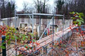 Der Tempelteich: Die Baumaterialien für den Bau des Beckens sind bei NaturaGart erhältlich.