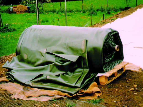 naturagart teichfolie hintergrund info 5 gartenteich planung bau und pflege naturagart. Black Bedroom Furniture Sets. Home Design Ideas