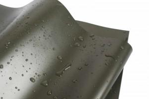 Die neue phthalatfreie Teichfolie von NaturaGart setzt allerhöchste Umwelt-Standards.
