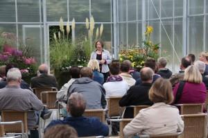 Aggi Bücker bietet profesionnelle Pflanzenberatung für Teich und Garten