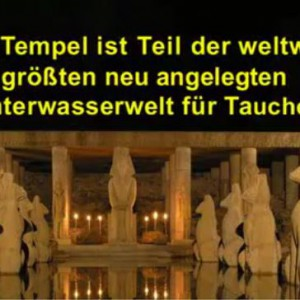 Die fassade des versunkenen Tempels