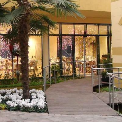 Advent unter palmen: Das Bistro ist in der Palmen-Halle untergebracht.